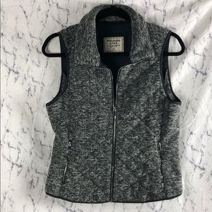 Abercrombie & Fitch Quilted Zip Up Vest Gray Fuzzy